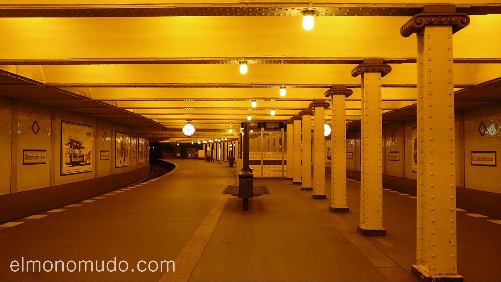 estacion de metro. berlin