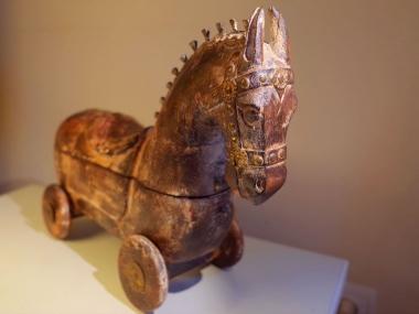 caballito-de-madera-con-ruedas-vintage06