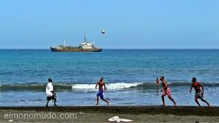 Fútbol en la playa. Isla de Santiago. Cabo Verde