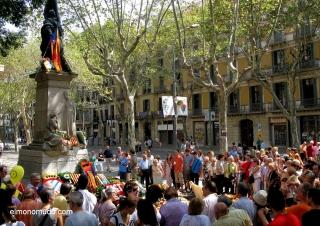 barcelona-monumento-rafael-de-casanova-11092009