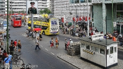 checkpoint_charlie_2010_1