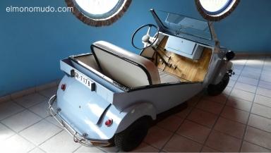museo de la moto y el coche clasico. hervas.caceres.biscuter
