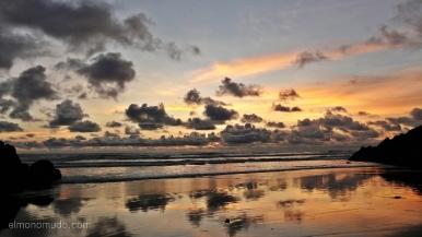 Colombia. El Chocó. El Valle. Playa Almejal. Atardecer.