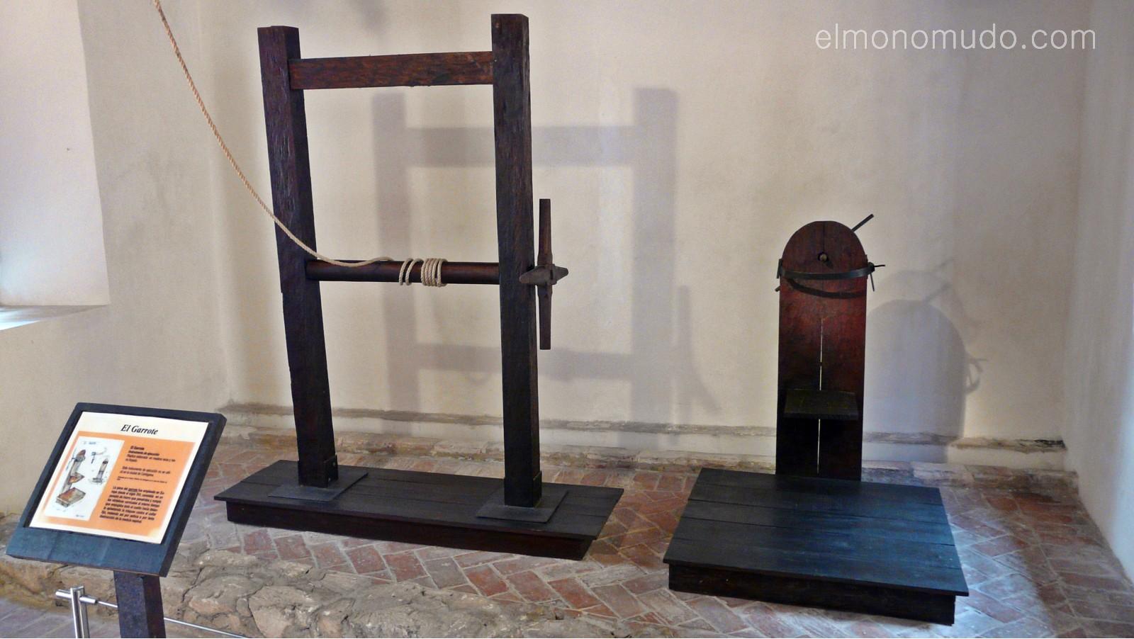 Instrumentos  de tortura reales P1080573-1600x1200
