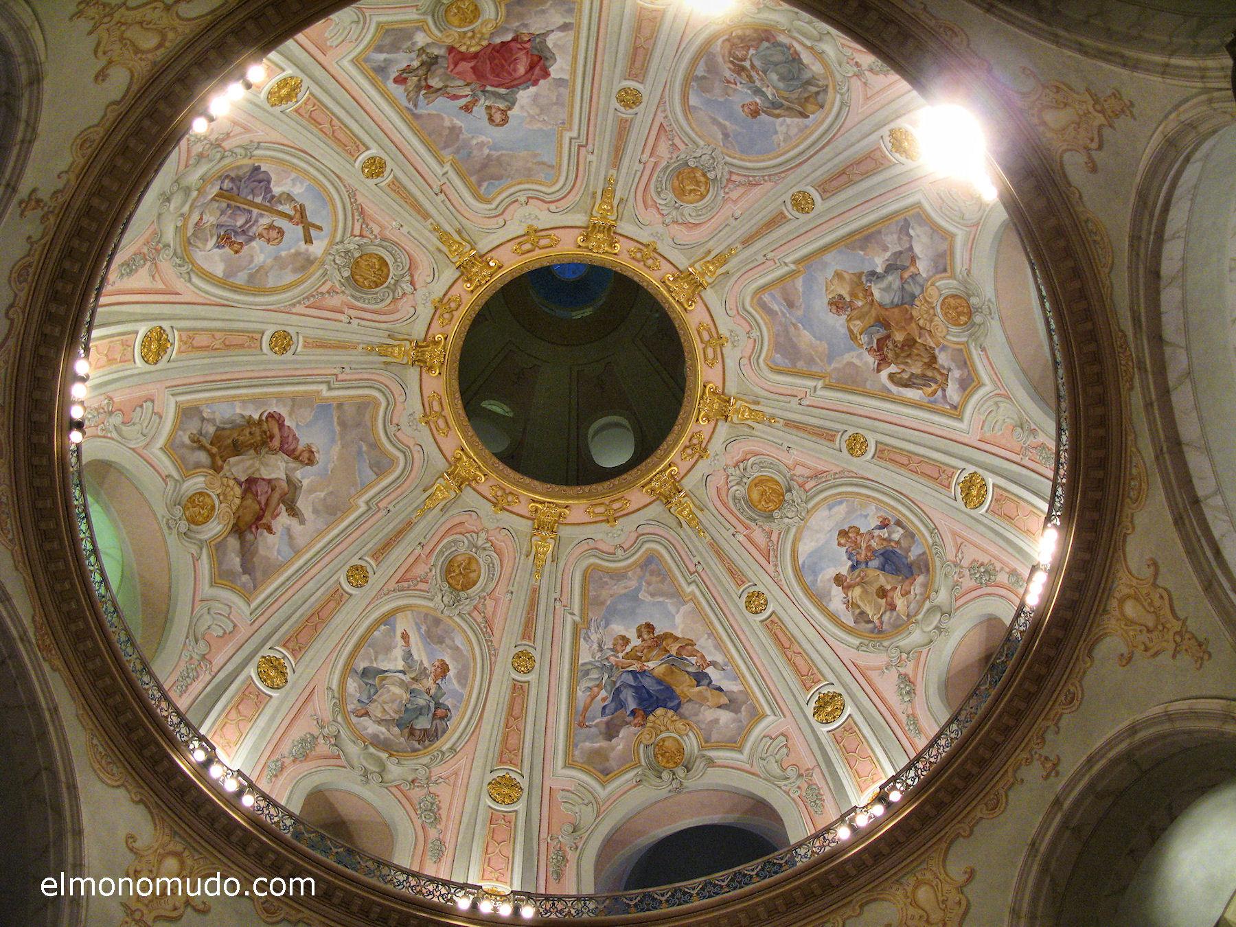 frauenkirche-interior-cupula