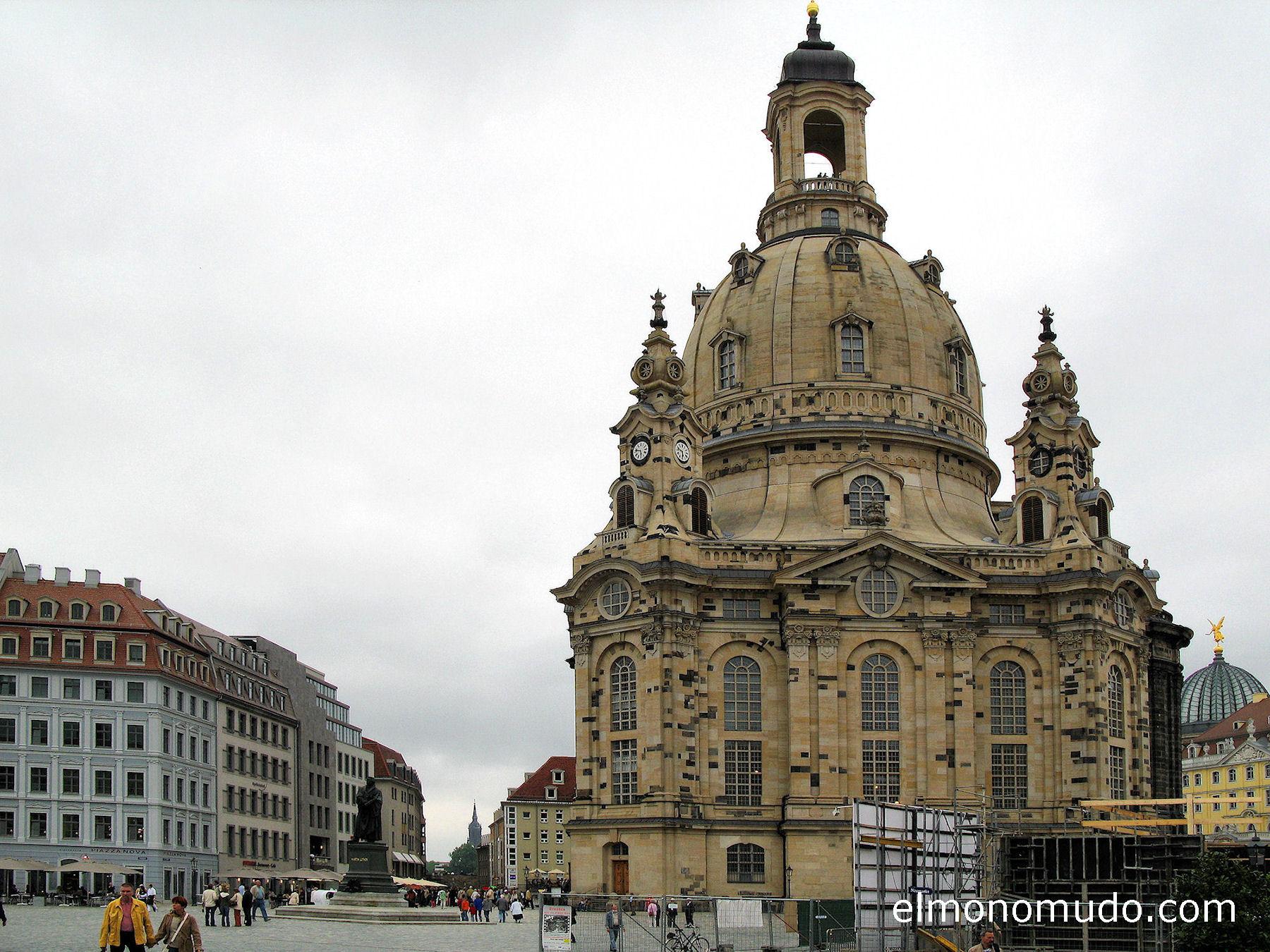 frauenkirche-vista-exterior