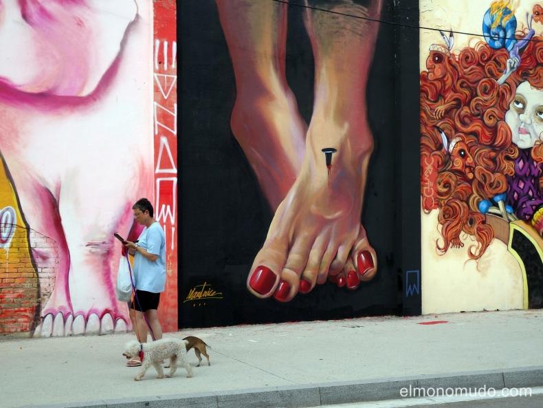 street art.graffiti,calle venezuela con agricultura,poblenou.barcelona.