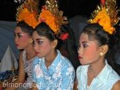 Bailarinas legong. Bali. Indonesia