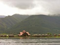 hotel en el lago inle. myanmar