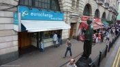 Sherlock Holmes estatua Londres