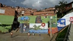 Plaza el barrio Santo Domingo. Medellin.Colombia