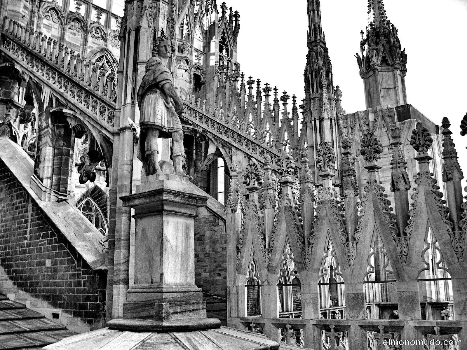 Milan en blanco y negro for Imagenes arquitectura