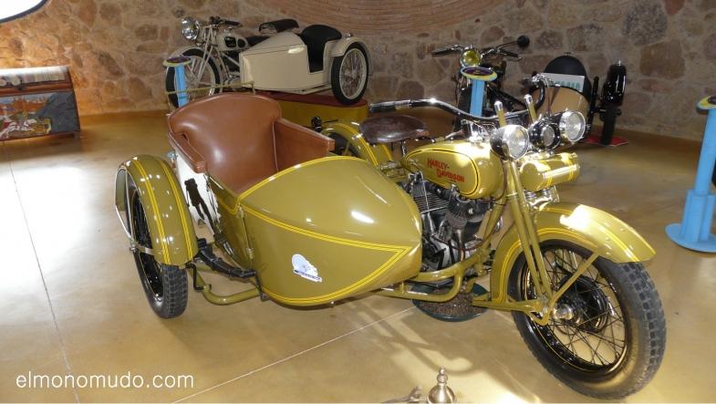 museo de la moto y el coche clasico.hervas.caceres.harley davidson 1200J. 4 tiempos. 2cilindros en V. 1200 cc. 1929 EEUU
