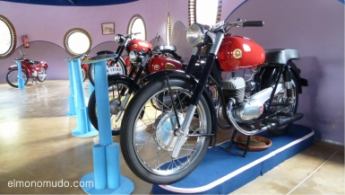 museo de la moto y el coche clasico.hervas.caceres.montesa