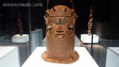 mascara en bronce.nigeria.africa.museo etnológico de berlín