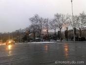 nieve en vila olimpica. barcelona