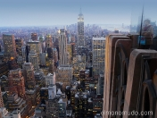 manhattan y el empire state vistos dese el top of the rock en el rockefeller center. new york