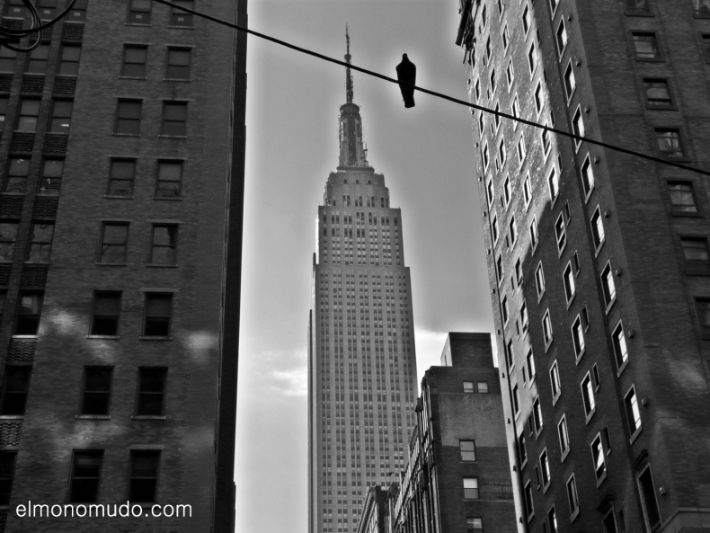 New York. Manhattan. Empire State Building. Batman