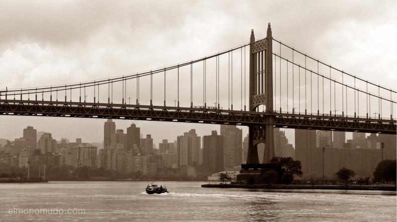 Williamsburg bridge, vista de Manhattan desde Queens
