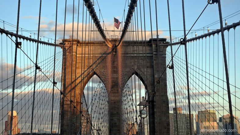 brooklyn bridge.manhattan.new york city
