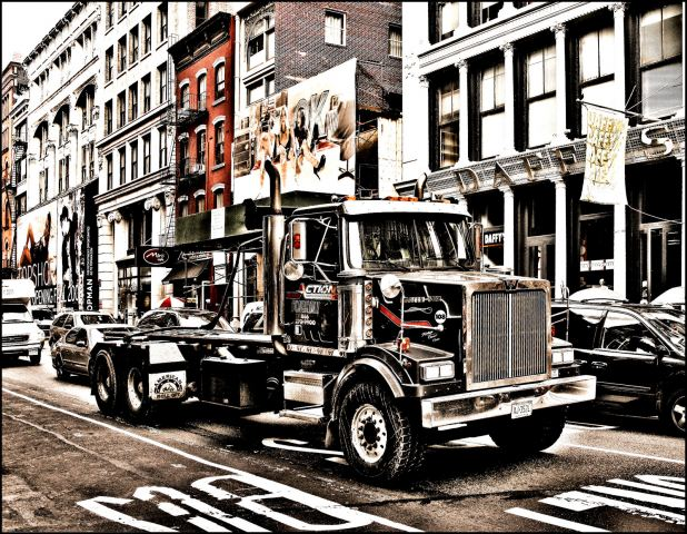 newyork2008-truck-1600x1273