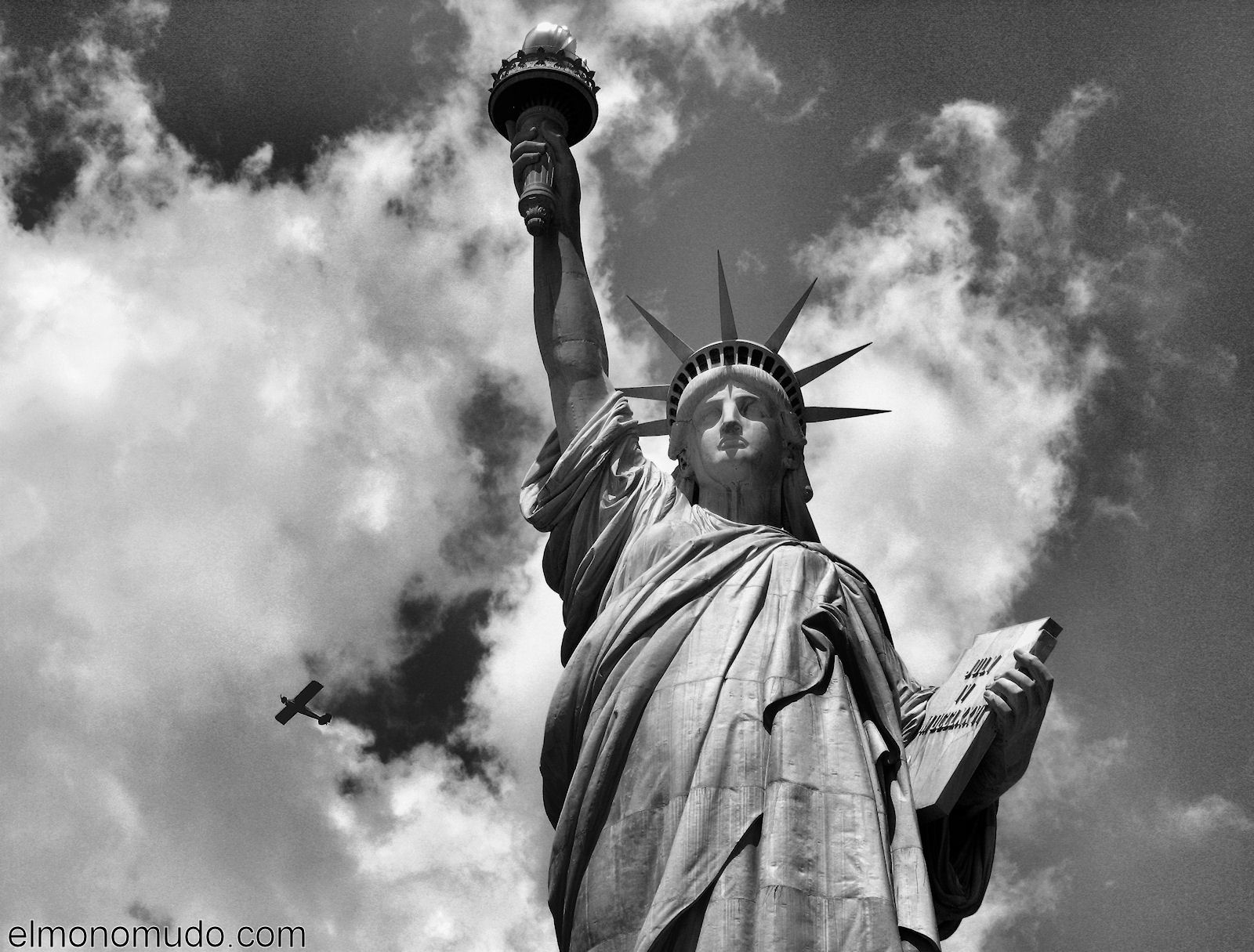 new-york-2008-blanco-y-negro-estatua-libertad