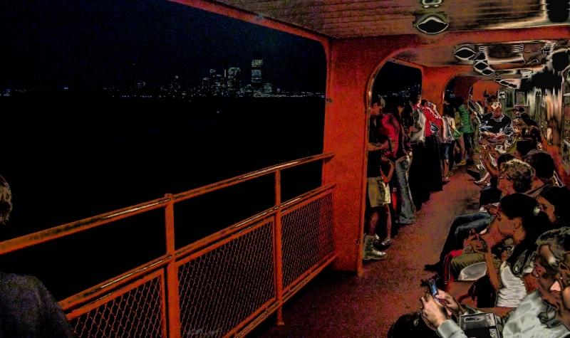 new-york-2008-nigth-ferry