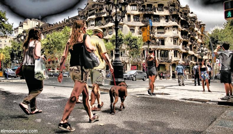 barcelona-gaudi-pedrera-2011-1800x1035