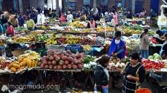 venta de frutas y hortalizas en el mercado de silvia.colombia
