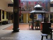La paz y la armonia reinan en el Monasterio de Lian Shan Shuang Lin. Singapur.