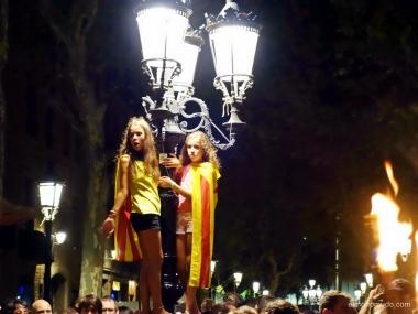 marcha de antorchas en el fossar de les moreres de barcelona.10 setembre 2014