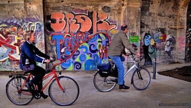 ciclistas-tunel-de-la-fuixarda