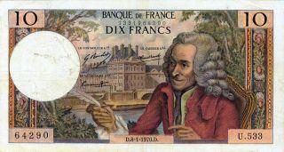 Homenaje a Voltaire en un billete bancario francés (de la segunda mitad del siglo XX )