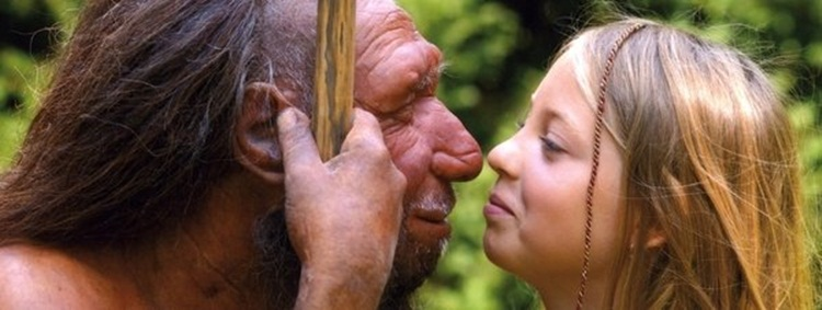 niña y recreacion de neandertal